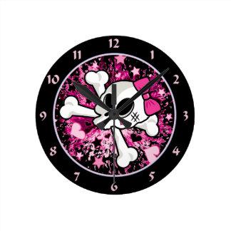 Girlie Skull Clock