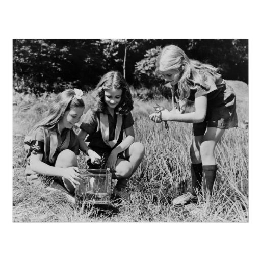 Girls Collecting Frogs 1940s Print
