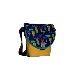 Girls in town messenger bag
