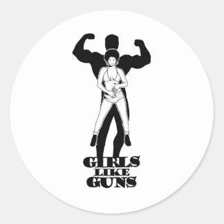 Girls like guns classic round sticker