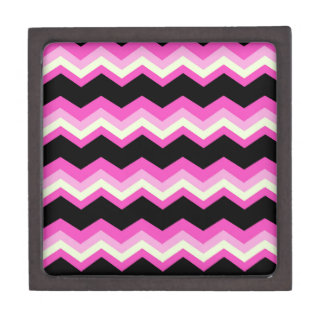girly pattern zigzag fuchsia hot pink chevron gift box