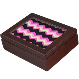 girly pattern zigzag fuchsia hot pink chevron keepsake box