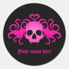 Girly pink goth fanged vampire skull on black classic round sticker