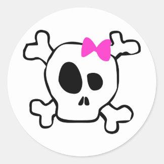 Girly skull classic round sticker