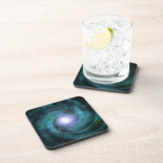 Giro cósmico azul posavasos de bebida