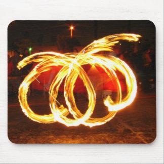 Giro del fuego - personal del dragón mouse pads