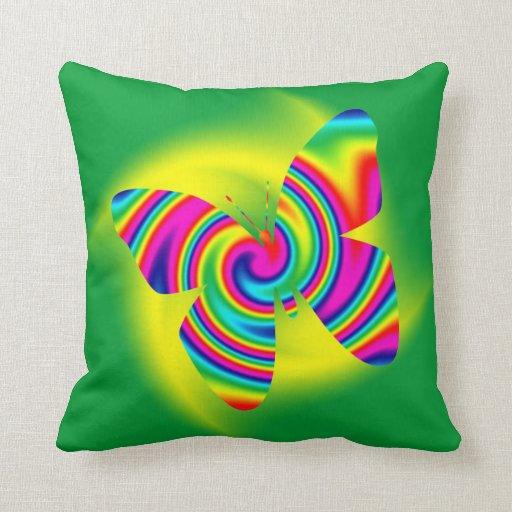 Giro formado mariposa del arco iris cojines