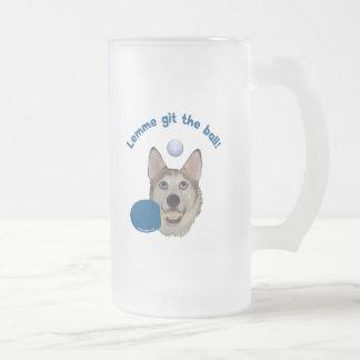 Git the Ball Ping Pong Dog 16 Oz Frosted Glass Beer Mug