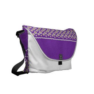 Gitta Messenger Bag - Grape Med.