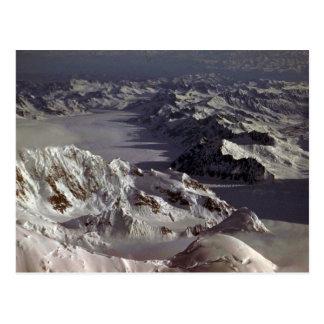 Glaciar de Kahiltna según lo visto del monte McKi Postal