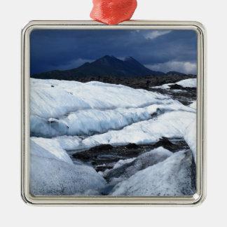 Glaciar y una montaña ornamento de reyes magos