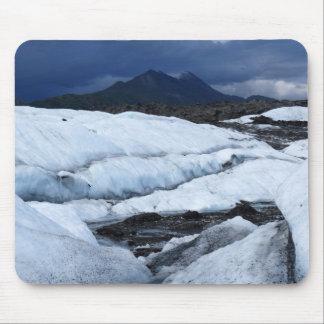 Glaciar y una montaña tapete de ratón