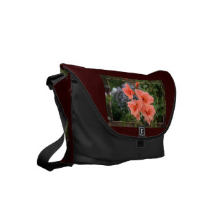 Gladiolus Small Messenger Bag