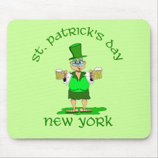 gladys de Nueva York del día de los patricks del s Tapetes De Ratón