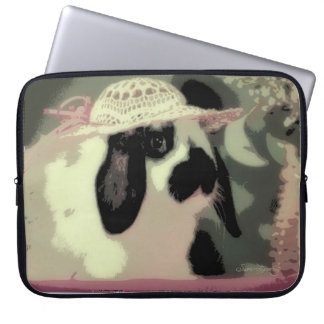 GLAMOUR BUNNY IN PINK LAPTOP SLEEVE