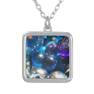 Glass Beads Square Pendant Necklace