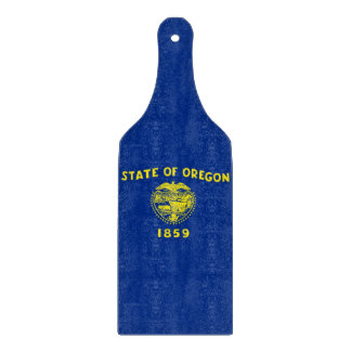 Glass cutting board paddle with Oregon flag