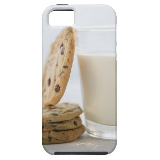 Glass of milk and cookies, close-up iPhone SE/5/5s case