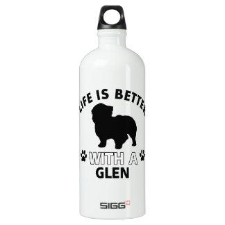 Glen designs water bottle