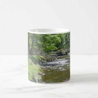 Glendalough Taza Básica Blanca