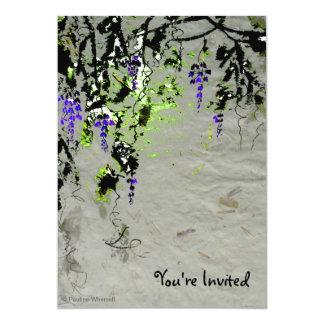 """Glicinias púrpuras elegantes artísticas del © P Invitación 5"""" X 7"""""""