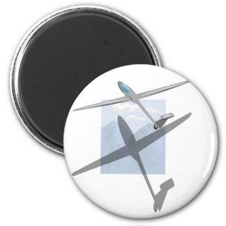 Gliding fridge magnet 1