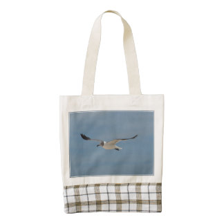 Gliding Laughing Gull Zazzle HEART Tote Bag