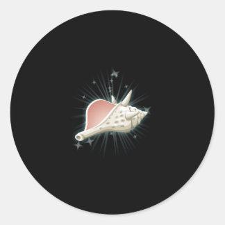 Glitch: quest conch decoy classic round sticker