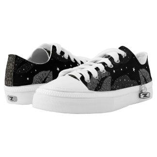 Glitter Kisses Low-Top Sneakers