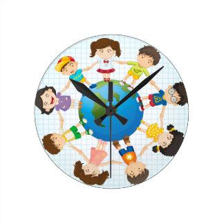 Global diversity round clock