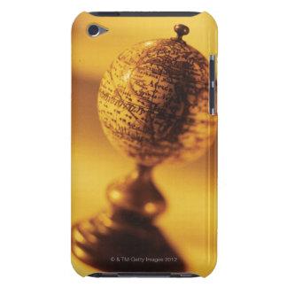Globe 2 iPod touch Case-Mate case