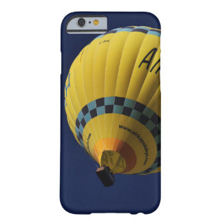 Globo del aire caliente funda barely there iPhone 6