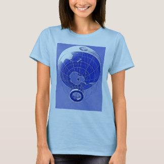 Globo del globo del mundo en azul playera