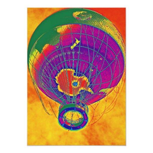 """Globo multicolor del globo del mundo, cielo invitación 5"""" x 7"""""""