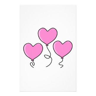 """Globo rosado del corazón con el esquema negro folleto 5.5"""" x 8.5"""""""