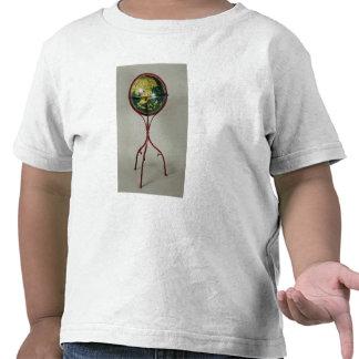 Globo terrestre, hecho en Nuremberg en 1492 Camiseta