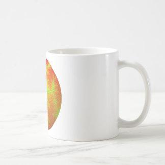 Globo verde anaranjado del fractal taza de café