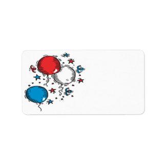 Globos blancos y azules rojos etiqueta de dirección