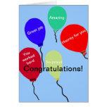 Globos coloridos del gran trabajo de la enhorabuen tarjetas