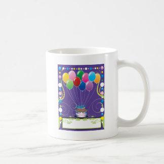Globos de la fiesta de cumpleaños taza