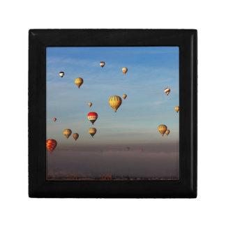 Globos del aire caliente, Cappadocia Joyero Cuadrado Pequeño