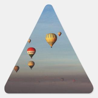 Globos del aire caliente, Cappadocia Pegatina Triangular