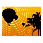 globos del aire caliente de la escena del sol tarjeta postal