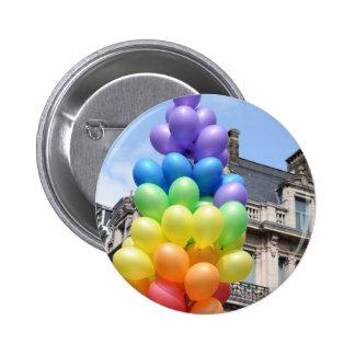 globos del orgullo pin