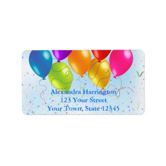 Globos festivos del fiesta, confeti etiqueta de dirección
