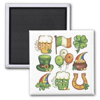 Globos irlandeses de los gorras del trébol de la c imán cuadrado