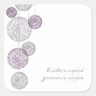 Globos púrpuras de la guita que casan al pegatina