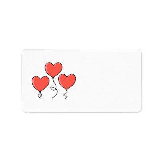 Globos rojos del corazón etiqueta de dirección