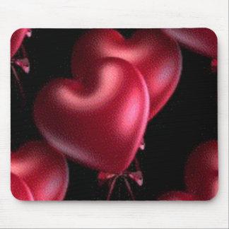 globos rojos del corazón tapete de ratones