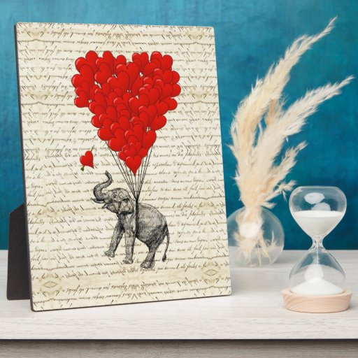 Globos románticos del elefante y del corazón placa de plastico
